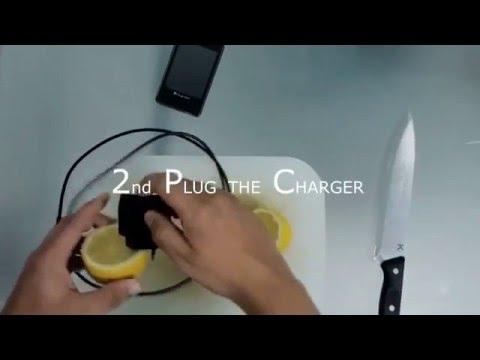 Cargá el celular con un limón