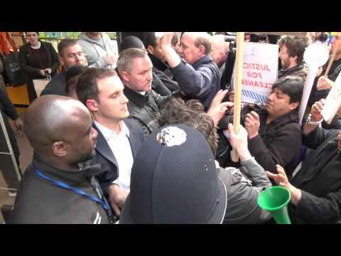 Protesters invade Oxford Street shops in London (4K)
