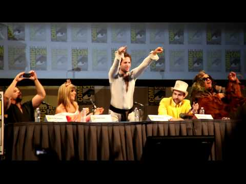Day Man Song - It's Always Sunny Comic Con 2011