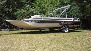 2000 22 foot Nova NVDB221 deck boat for sale. $11,000. Nekoosa, WI.