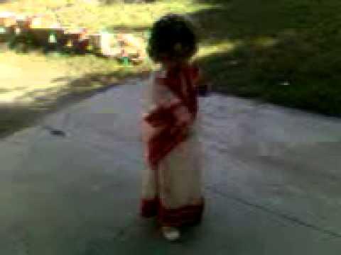 Aishwarya Rai Bachan's Latest Dola Re Dola Devdas Hindi Movie Song.Performed by Small Ambika......