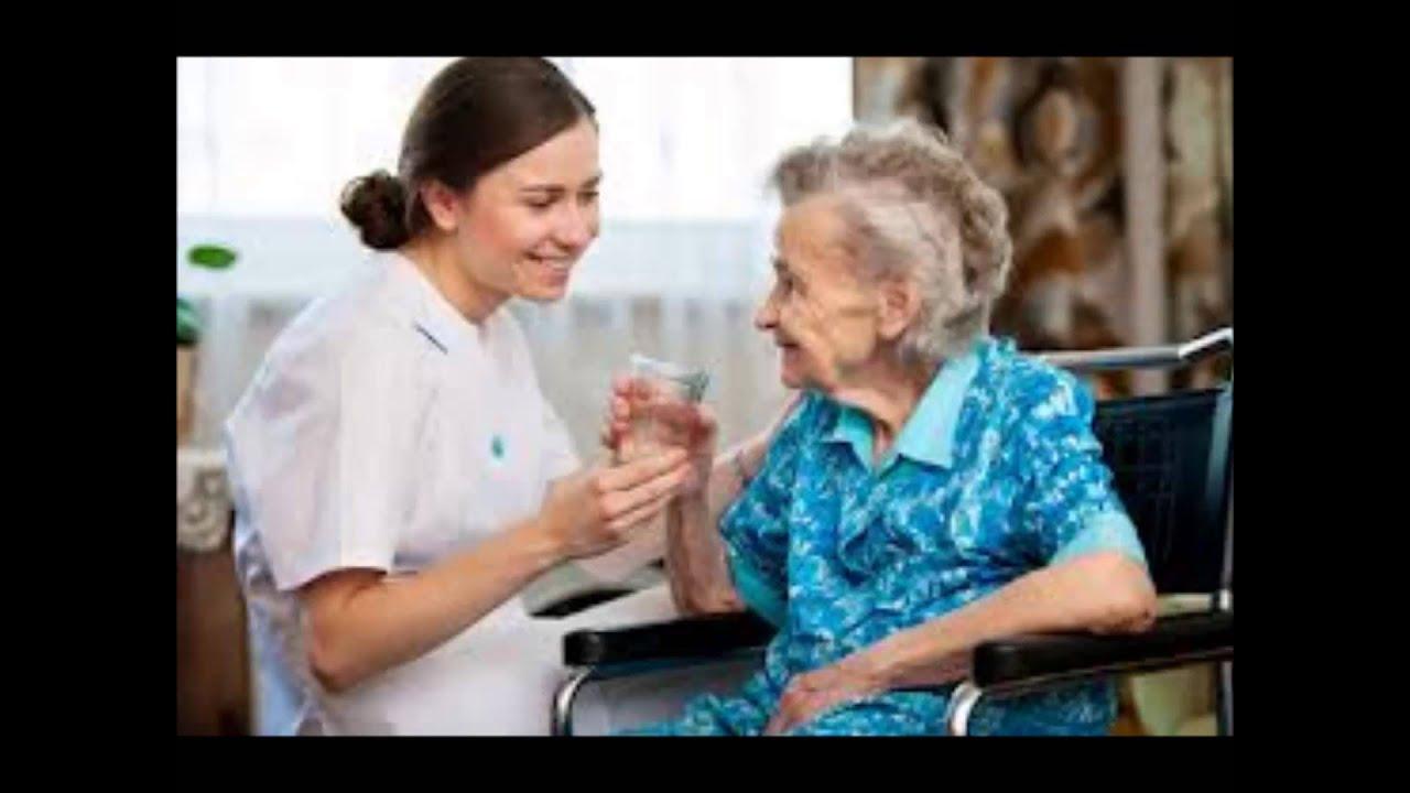 Старик и медсестра 16 фотография