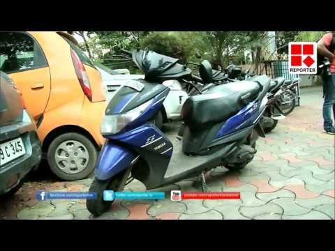 Drunken Ladies Attack On Couples in Kochi