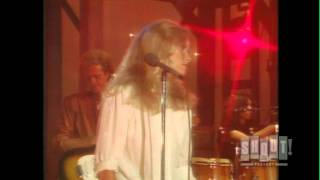 Watch Kim Carnes Miss You Tonight video