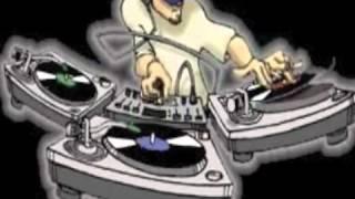 مهرجان هاتي بوسة يا بت أغنية شعبي الوسادة الخالية 2012.FLV