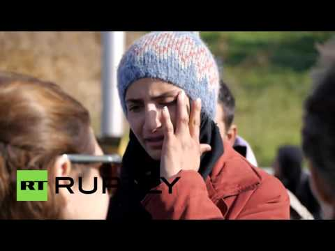 Austria: Fights break out as thousands of refugees left stranded in 'no man's land'