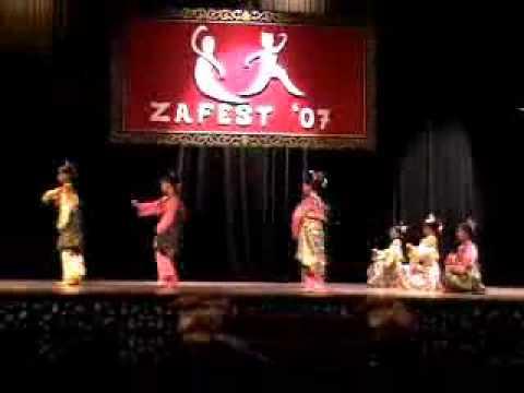 Zapin Yasalam(zapinfestival07).flv video