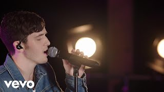 Download Lagu Lauv - Easy Love (Live on the Honda Stage at iHeartRadio Austin) Gratis STAFABAND
