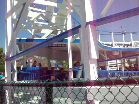 Checking Out Little Dipper Six Flags Great America Video