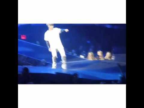 Justin Bieber dab, whips, hit dem folks