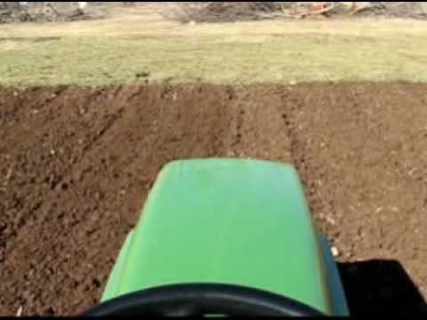Tiller Ride on a JD 318