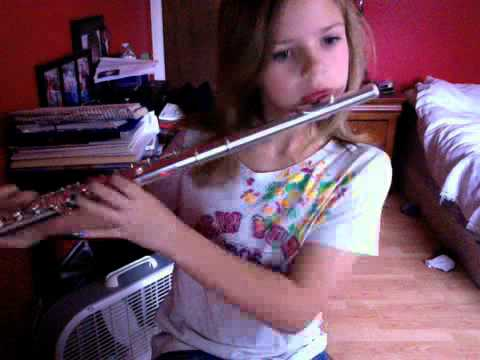How to Play Hot Cross Buns on the Flute
