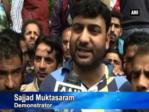 Casual workers stage protest demanding regularisation in Kashmir