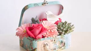 30 Second Floral Designs: Fly Away Suitcase