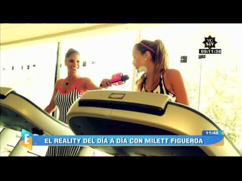 Milett Figueroa Mira Amor Amor Amor Mientras Hace Ejercicios