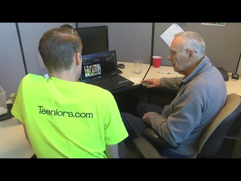 """Teeniors"" help veterans with technology questions"