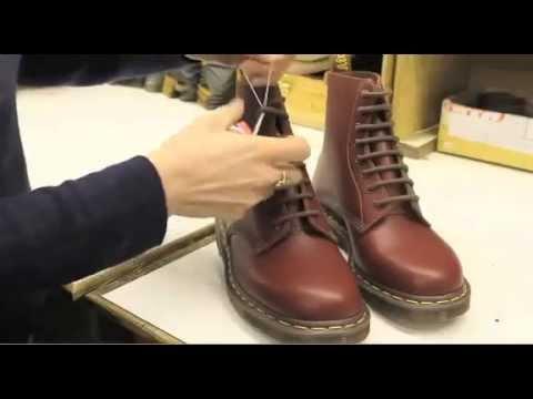 Cómo se hacen unas botas Dr. Martens – ALBO zapaterías.wmv