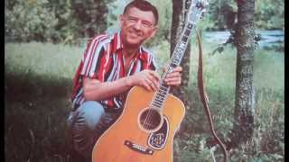 Watch Hank Snow Snowbird video
