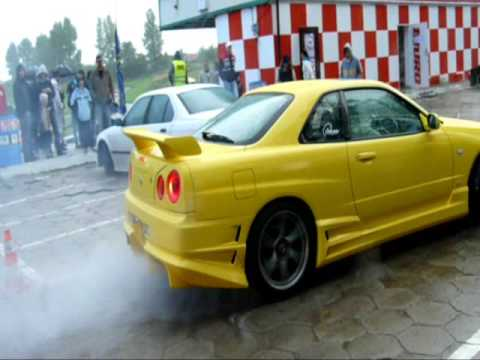 Toyota Supra & Nissan Skyline R34 GT Koszalin 2009 Video
