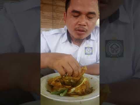 Kuliner sop ikan gombyang khas Indramayu