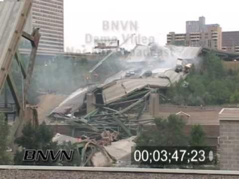 8/1/2007 Interstate 35w Bridge Collapse Aftermath Part 3