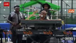 USA 2016, il concerto di Stevie Wonder per Hillary Clinton