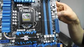 ASUS P8Z77-V Deluxe Z77 Ivy Bridge Motherboard Unboxing & First Look Linus Tech Tips