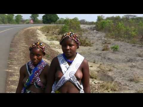 Angola - Encounters on the road