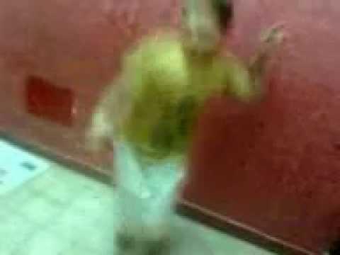 ولد يرقص رقص فجر مسخراااااااااااه thumbnail