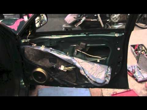 How to unlock car door without key or slim jim how to for Honda jiggler key
