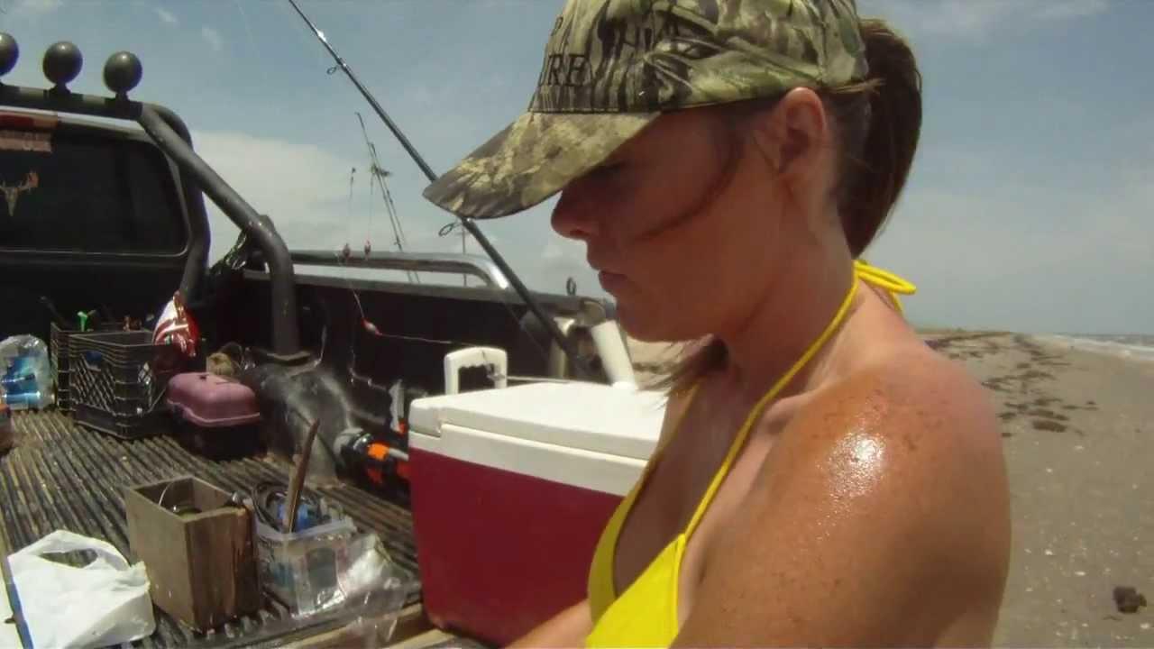 Bottom walker ready rigs for surf fishing youtube for Bottom fishing rods