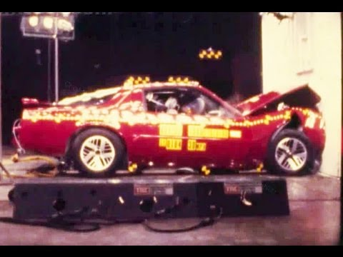 1990 Pontiac Firebird | Frontal Crash Test by NHTSA | CrashNet1
