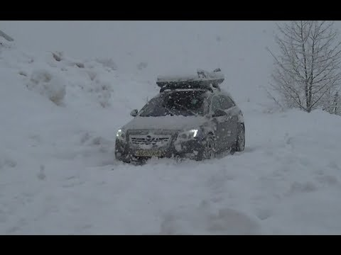 Opel insignia sports tourer 4x4 in snow hd youtube