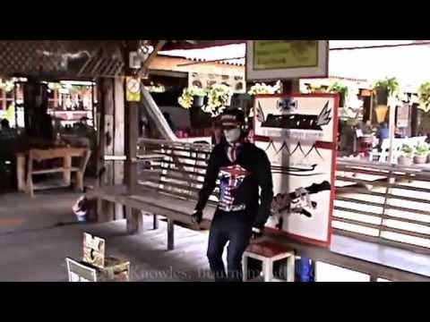 Pattaya Floating Market, Sukhumvit road, Bang Lamung District, Chon Buri Province. ( 22 )