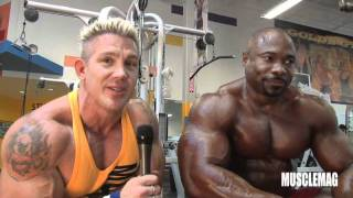 MuscleMag working out with Lee Banks