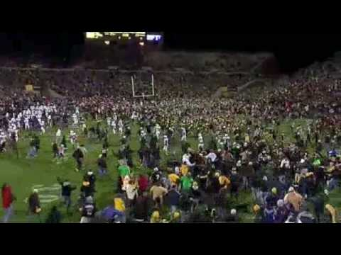 2008 Iowa Hawkeye Football - Stronger Video