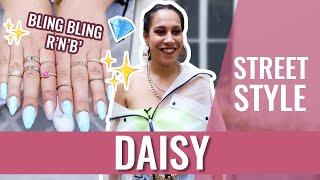 STREET STYLE - Daisy et ses accessoires bling-bling 👑