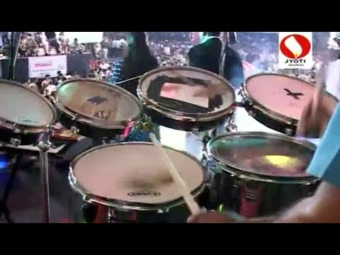 Koliwada Brass Band Dandiya Mix 2014 - Chandan Chandan Zali Raat video