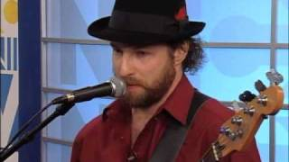 """Elvis Presley's """"Santa Bring My Baby Back (To Me)"""" Performed by Yoke Shire on Live TV - 12.21.09"""