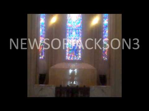 *New Pics*Of Michael Jackson's final resting place