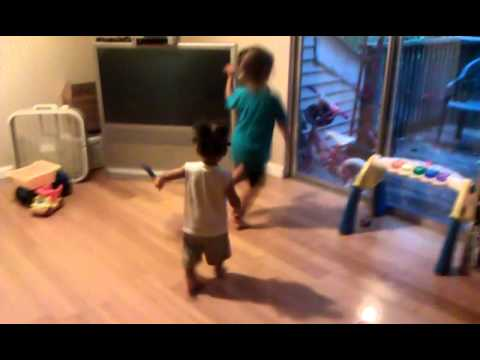 Mekiah & Jayden Dancing Shake Heaven video