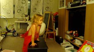 MVI_9846.MOV Funny girl!