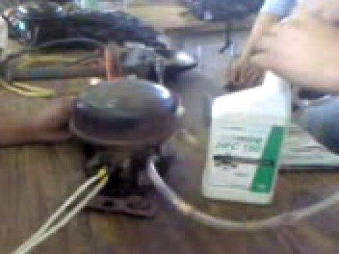 Cambio aceite compresor refrigerador youtube for Aceite para compresor