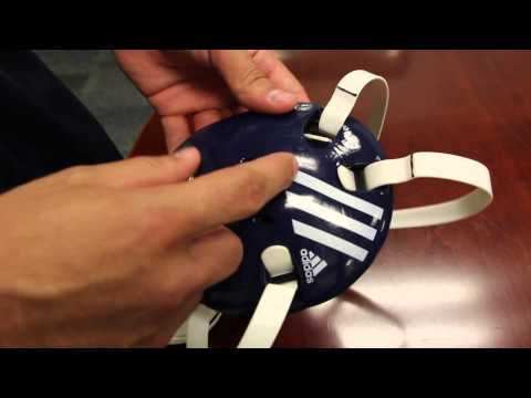 How to adjust a wrestling headgear