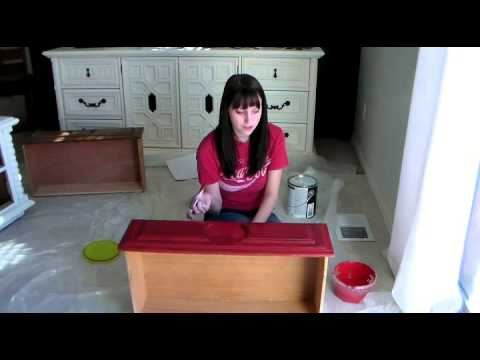 How to Eliminate Brush Strokes on Painted Furniture