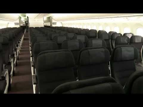 Air New Zealand Boeing 787-9 Dreamliner Economy Class