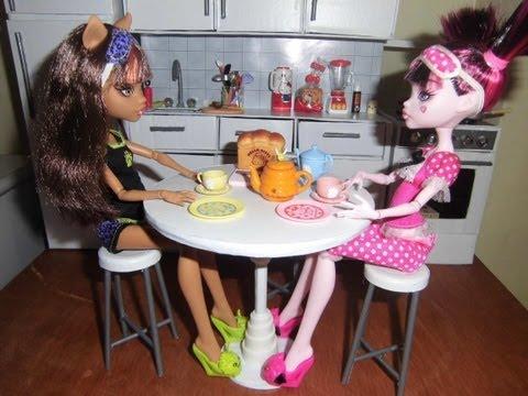 Como fazer uma mesa redonda para boneca Monster High. Pullip. Barbie e etc