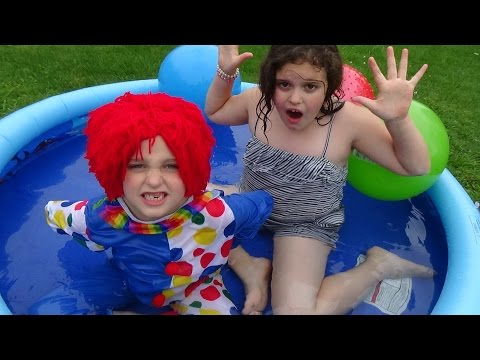 """Water Balloon Fight In House """"Drown The Clown"""" Annabelle & Victoria Toy Freaks"""
