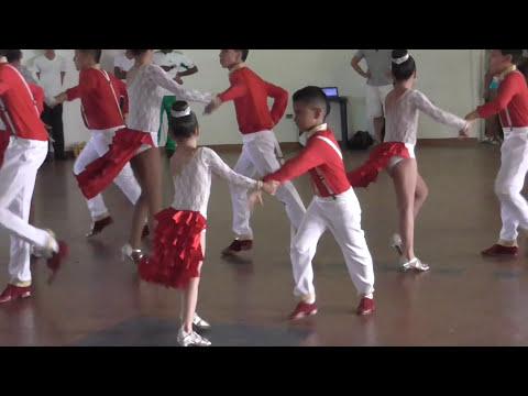 Grupo de niños bailarines de Salsa en Palmira, Valle del Cauca, Colombia