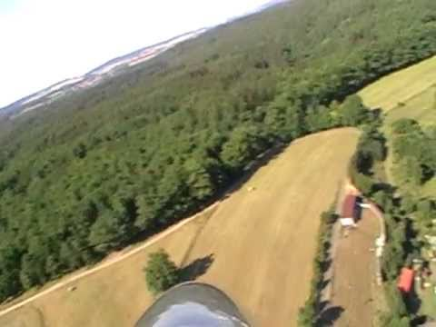 RC aerovlek krize a pohledy na Rybníky a Dobříš z modelu větroně